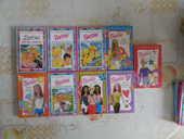 LOT DE 9 BARBIE 1ERE BIBLIOTHEQUE DES ENFANTS 8 Attainville (95)