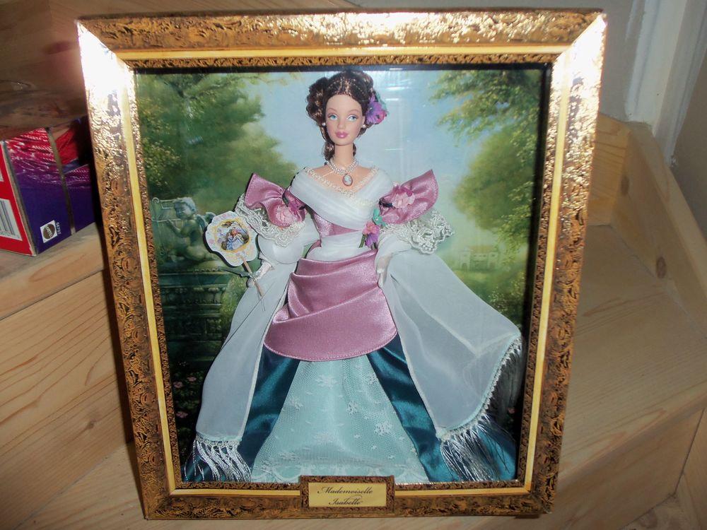 Barbie de collection  Mademoiselle Isabelle  Année 2001 , 150 Goussainville (95)
