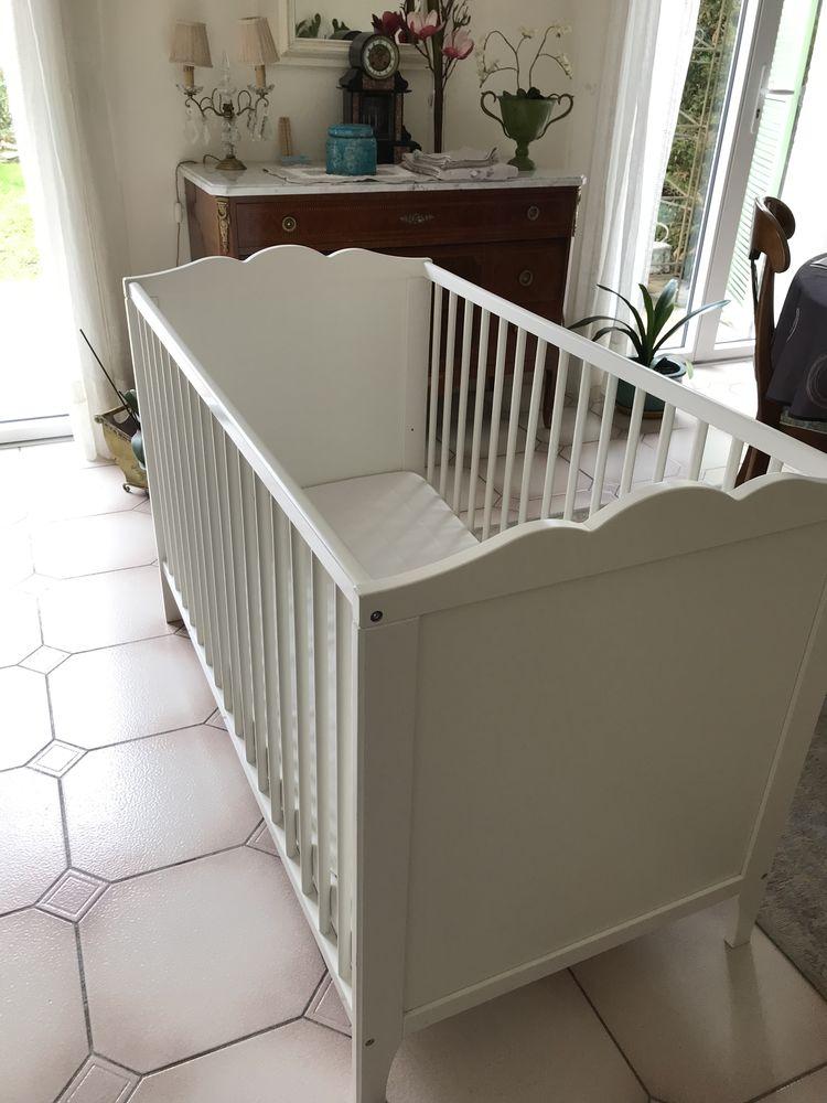 lit à barreaux bébé IKEA  65 Rueil-Malmaison (92)