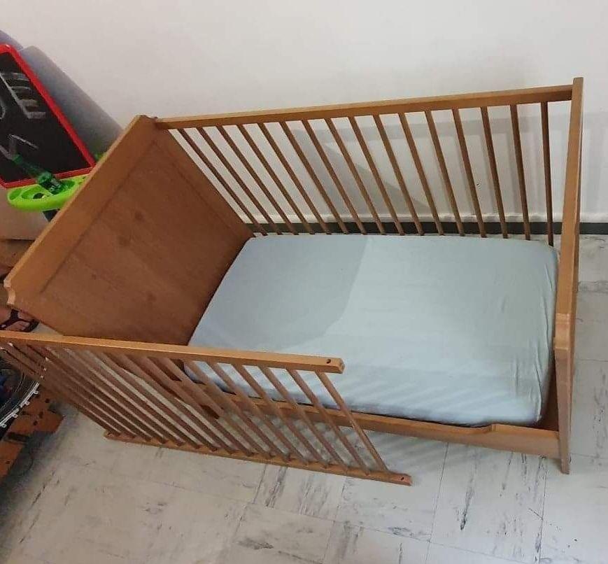 Lit a barreaux bébé Mobilier enfants