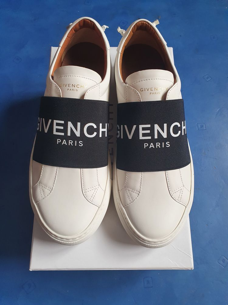 Basket Givenchy Taille 42 300 Metz (57)