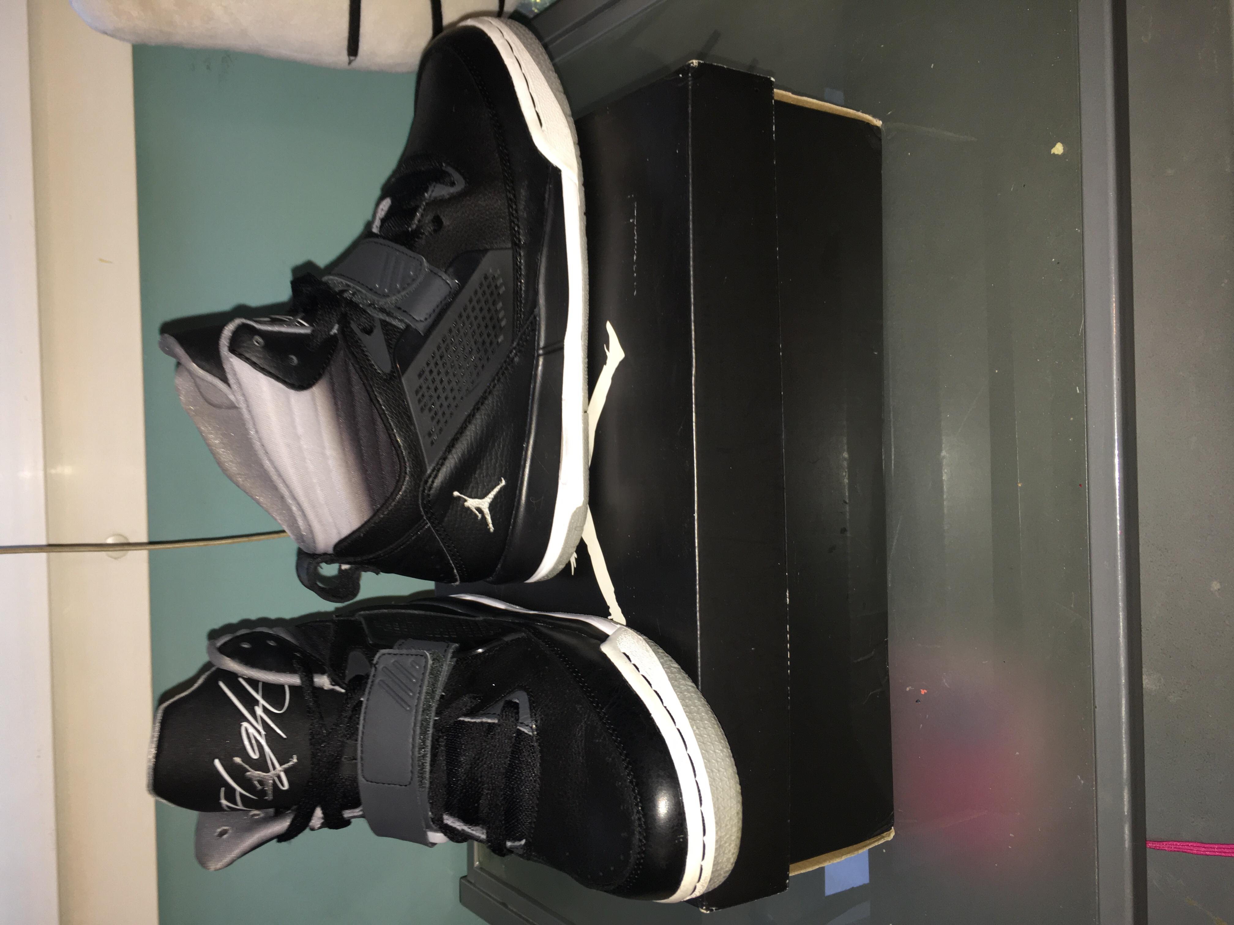 basket Jordan flight 97 taille 37,5