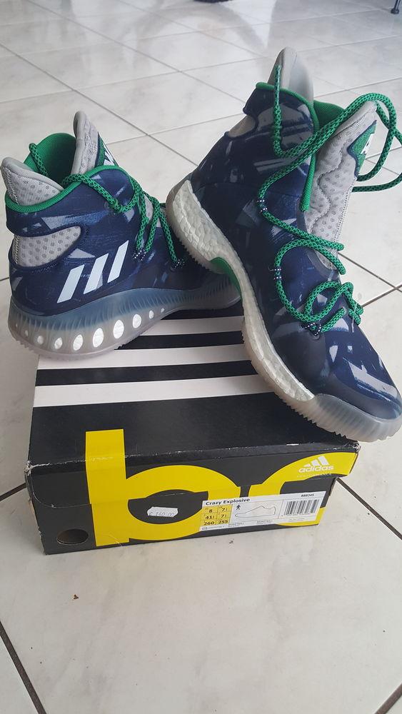 Basket montante Adidas 41 1/3 neuve dans la boîte d origine  40 Villeurbanne (69)