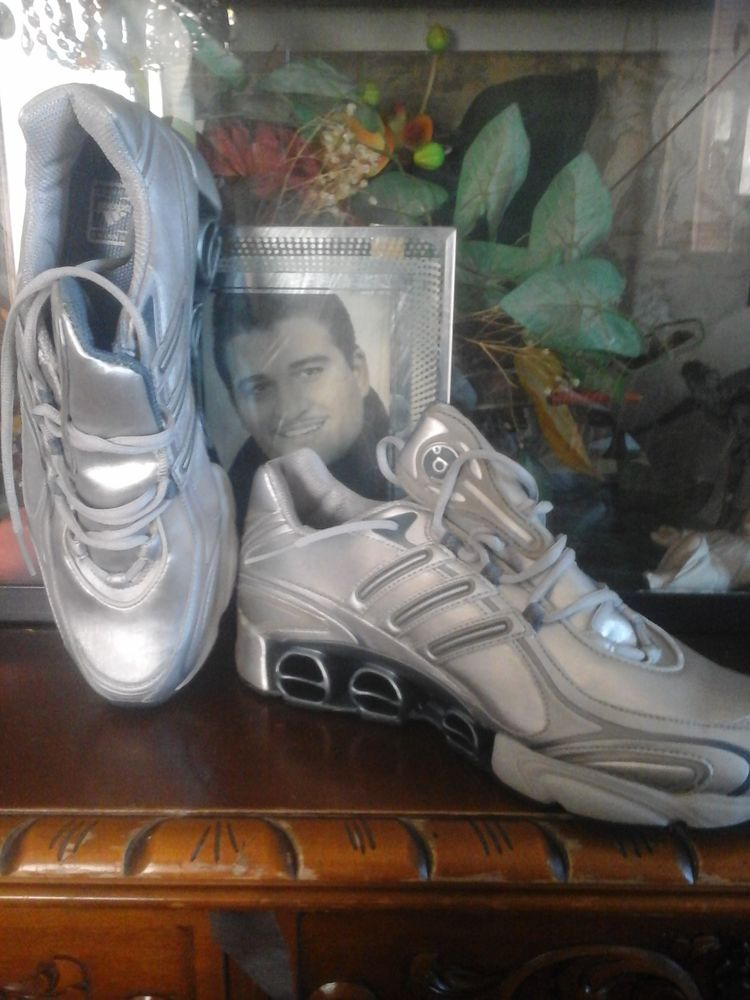 Baskets neuves taille 45  50 Nice (06)