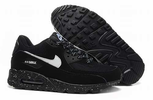 BASKETS NIKE AIR MAX 90 Noir, Logo Blanc Pointure 41 Chaussures
