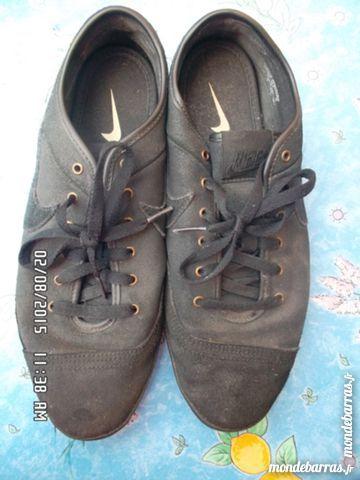 baskets noires NIKE t.44*juste 5e*kiki60230 Chaussures