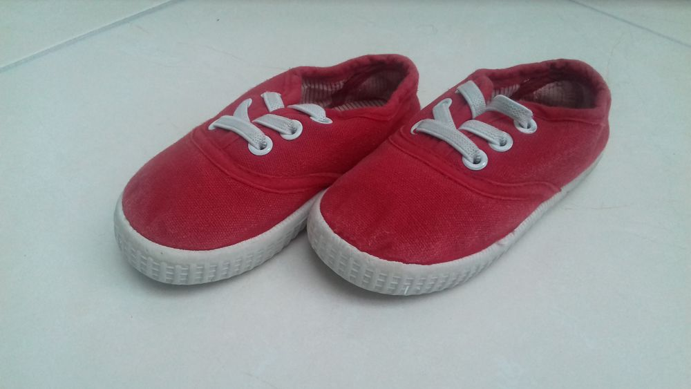 Baskets rouge 3 Taverny (95)