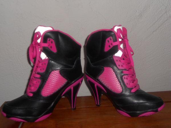 Baskets à talons Chaussures