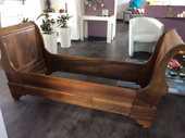 lit bateau ancien en noyer massif pour 1 personne  250 Saint-Hilaire-de-Riez (85)