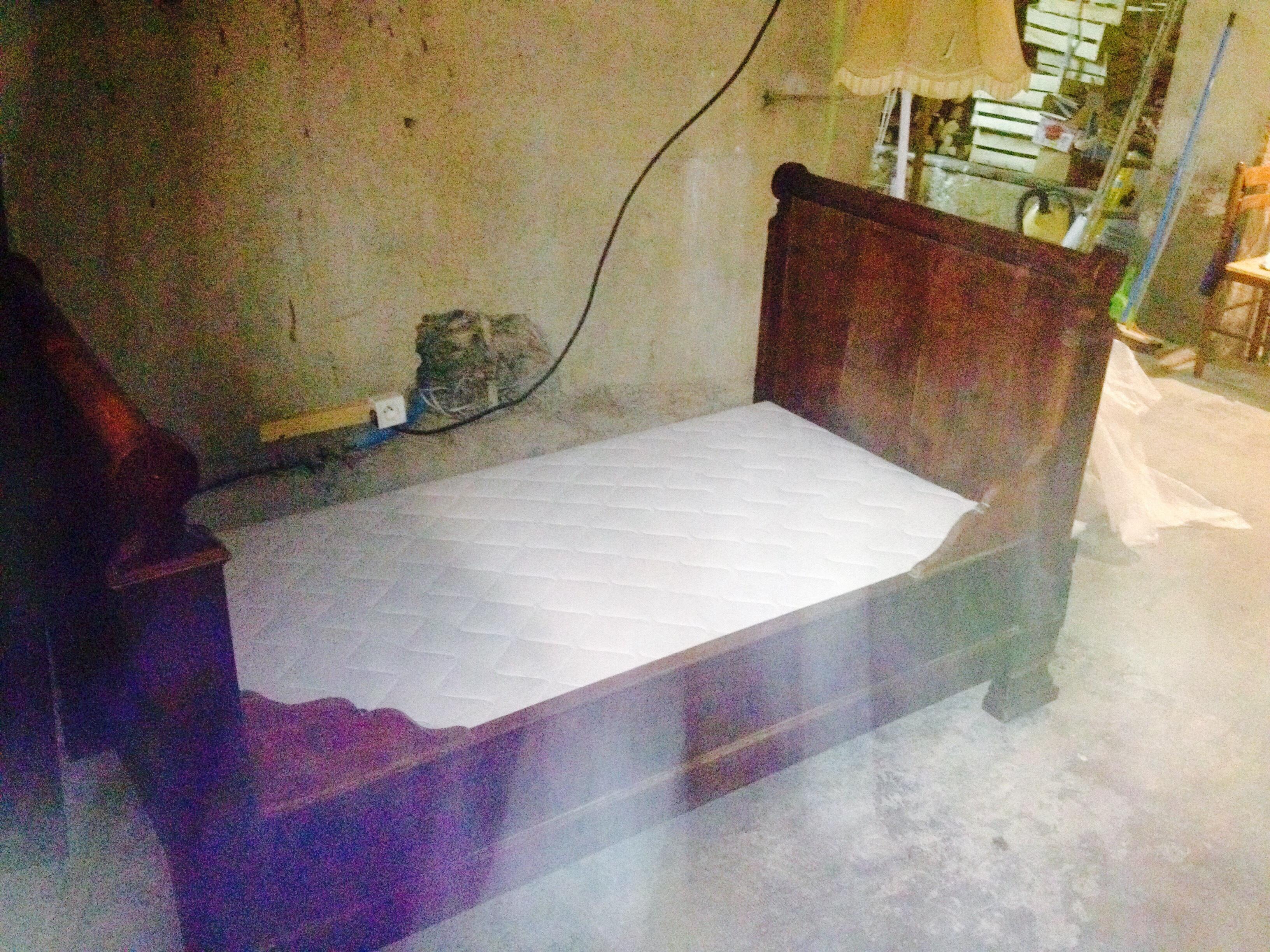 meubles occasion baixas 66 annonces achat et vente de meubles paruvendu mondebarras. Black Bedroom Furniture Sets. Home Design Ideas