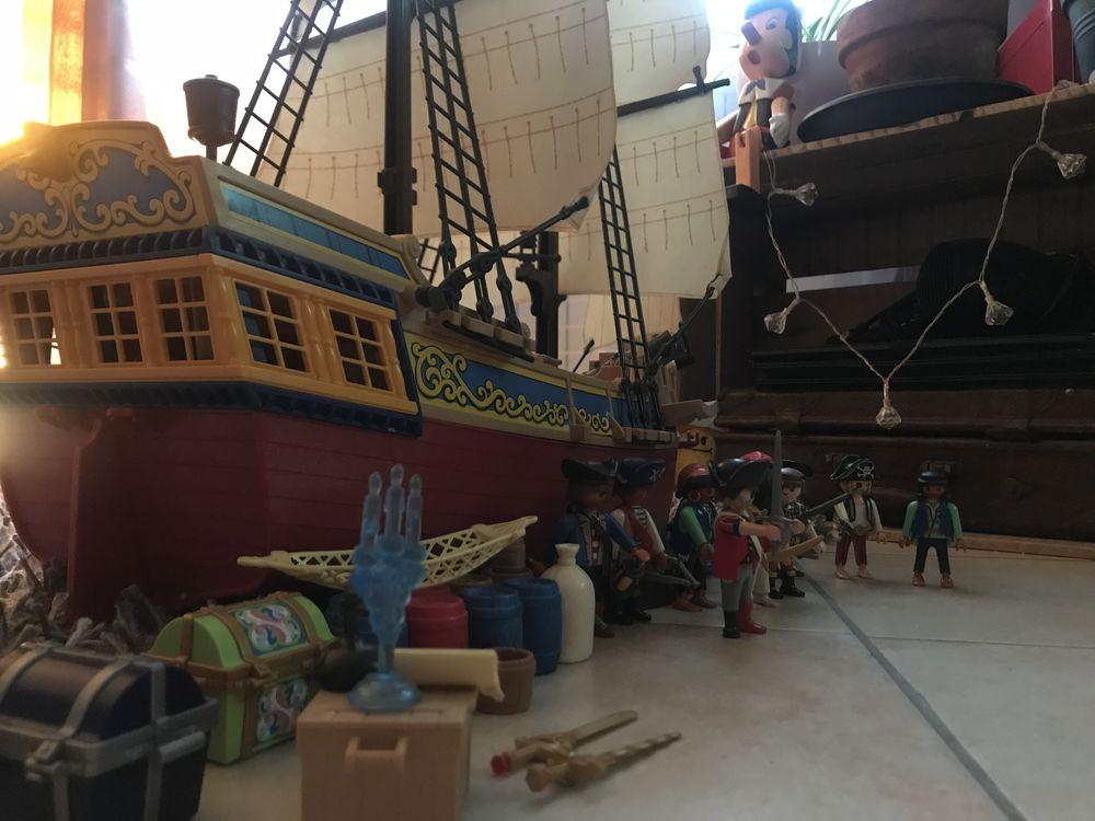 bateau de pirate playmobil 120 Épône (78)