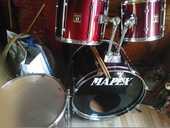 batterie mapex 5 futs 12/13/16/cc14 gc22 couleur rouge  400 Conchy-les-Pots (60)