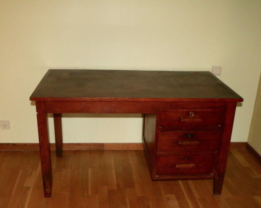 bureaux anciens occasion annonces achat et vente de bureaux anciens paruvendu mondebarras. Black Bedroom Furniture Sets. Home Design Ideas