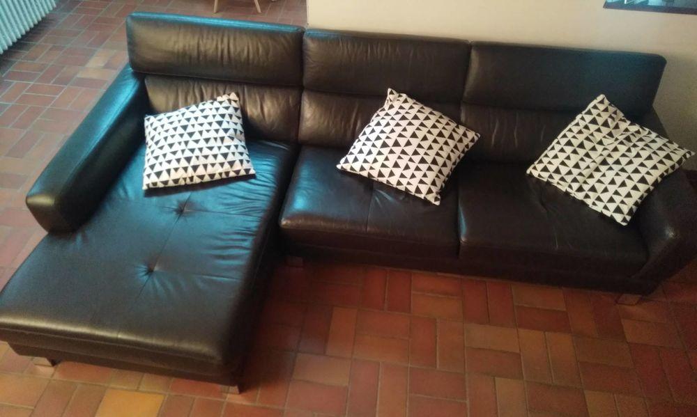 Beau canapé en cuir avec méridienne 350 Toulouse (31)