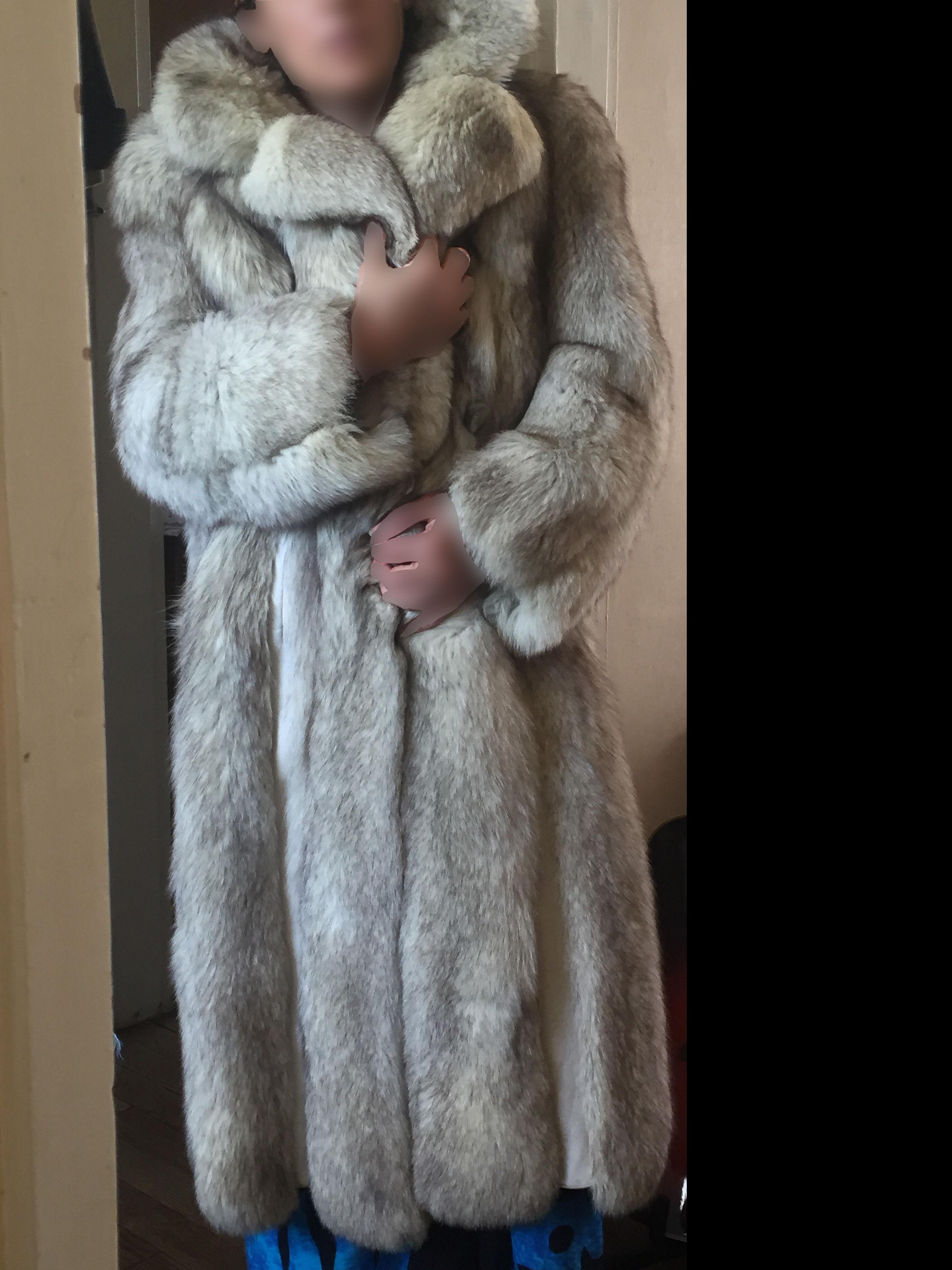 manteau fourrure renard manteaux populaires et branch s en france. Black Bedroom Furniture Sets. Home Design Ideas