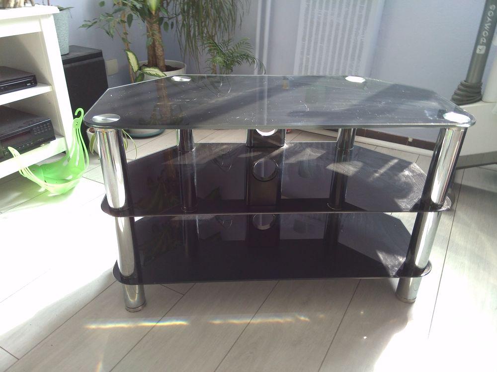 beau meuble TV en verre trempé Meubles