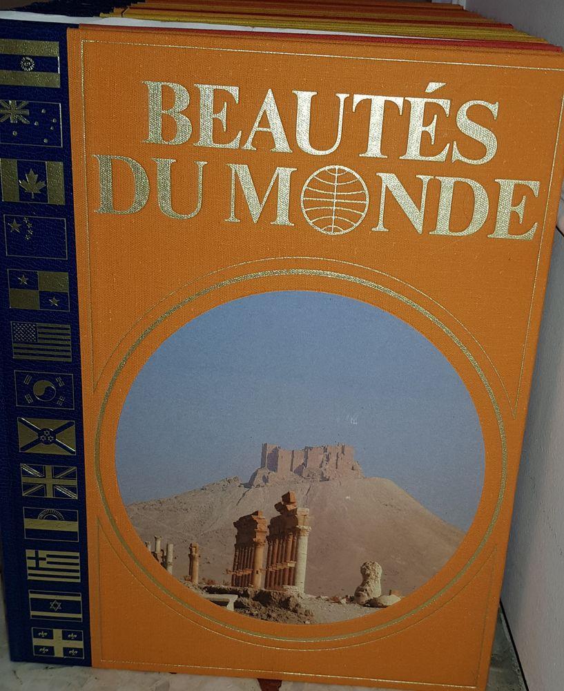 Beautés du monde Larousse 120 Roquebrune-Cap-Martin (06)