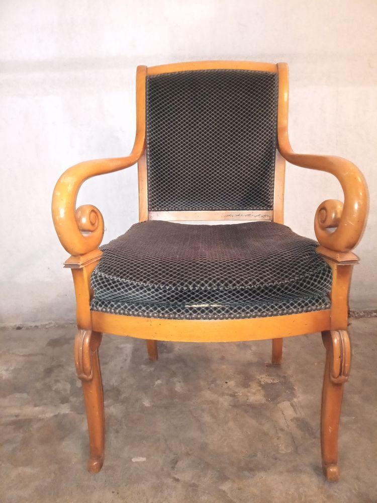 3 beaux fauteuils Merisier massif 0 Aix-en-Provence (13)