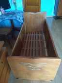 lit bébé ancien en bois 100 Hendaye (64)