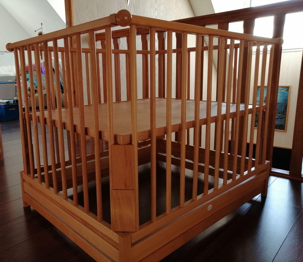 Lit bébé avec matelas et tour de lit  100 Calais (62)