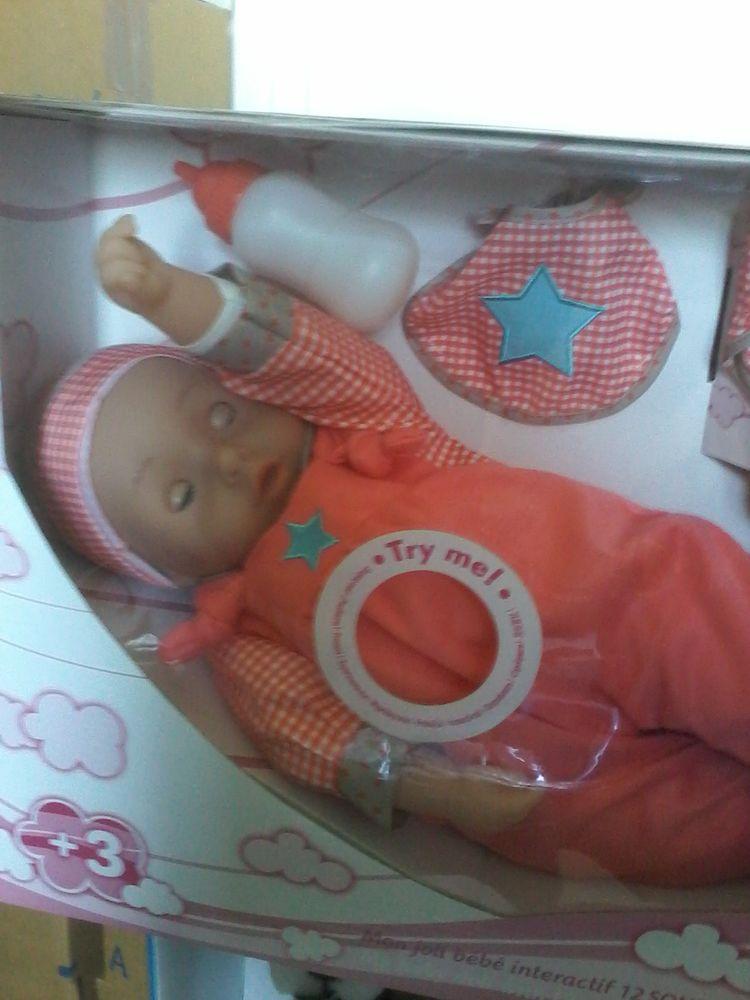 Bébé interactif 12 sons   neuf dans emballages pour  offrir  30 Tourcoing (59)