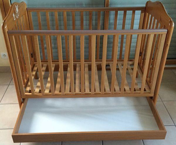 sommiers occasion dans le morbihan 56 annonces achat et vente de sommiers paruvendu. Black Bedroom Furniture Sets. Home Design Ideas