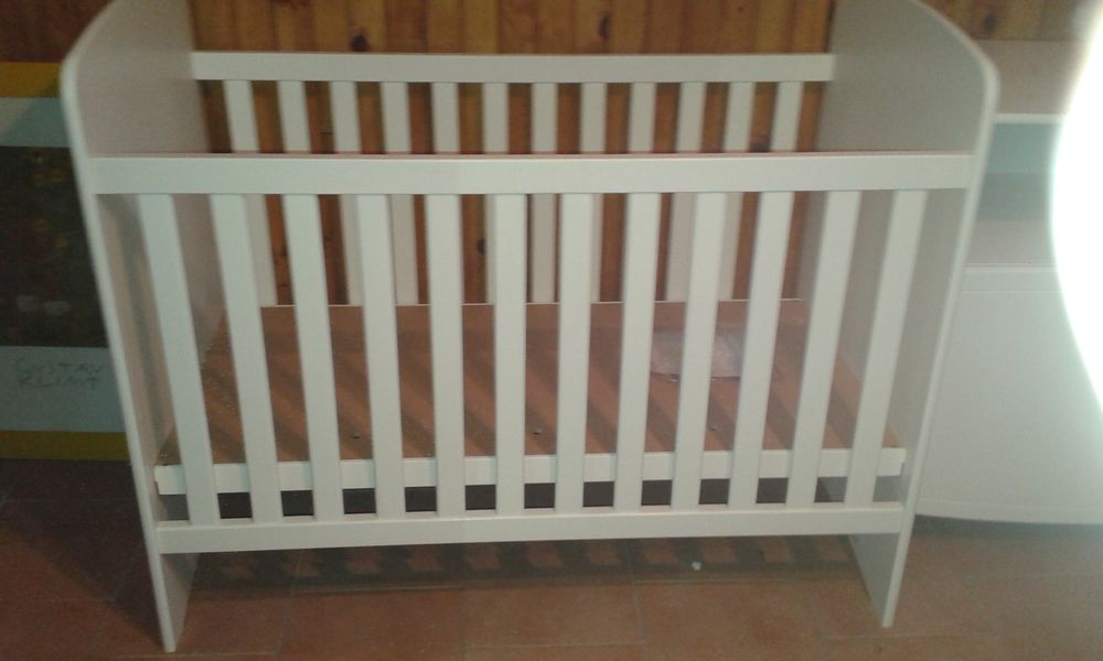 lit bébé plus commode 250 Pont-Sainte-Marie (10)