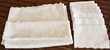 BECQUET. Nappe 2m40 blanche damassée fleurie avec serviettes Gujan-Mestras (33)