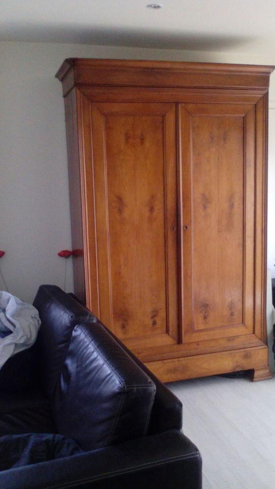 belle armoire en merisier 0 Orvault (44)