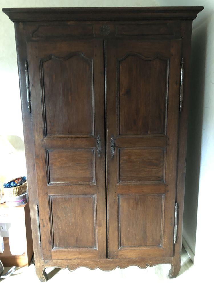 Belle armoire milieu 18ème siècle 0 Coye-la-Forêt (60)