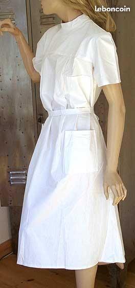 Belle blouse fermée au dos  13 Nayemont-les-Fosses (88)