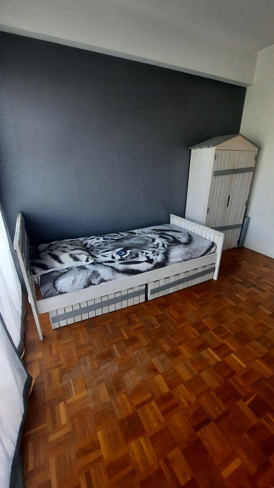 Belle Chambre enfant origibale style cabane blanche et grise 280 Nice (06)