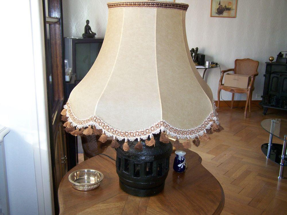 Belle lampe 'Moyeu en bois  électrifié - lampe éco Neuve. 24 Dieppe (76)