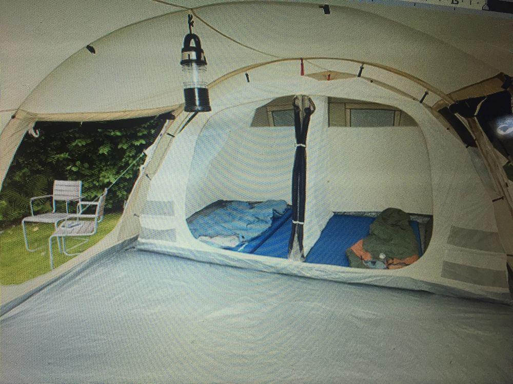 Belle occasion : Vend Tente tunelle de 8 places  300 Marlieux (01)