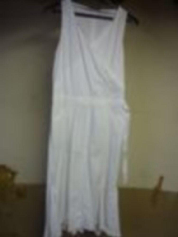 Belle Robe Blanche coton :Taille40/42  40 Saint-Médard-en-Jalles (33)
