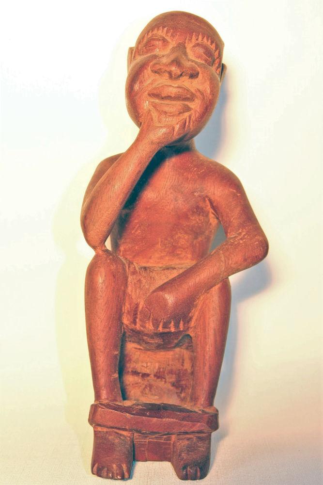 Belle statuette africaine. Seconde partie XXe 29 Sceaux (92)