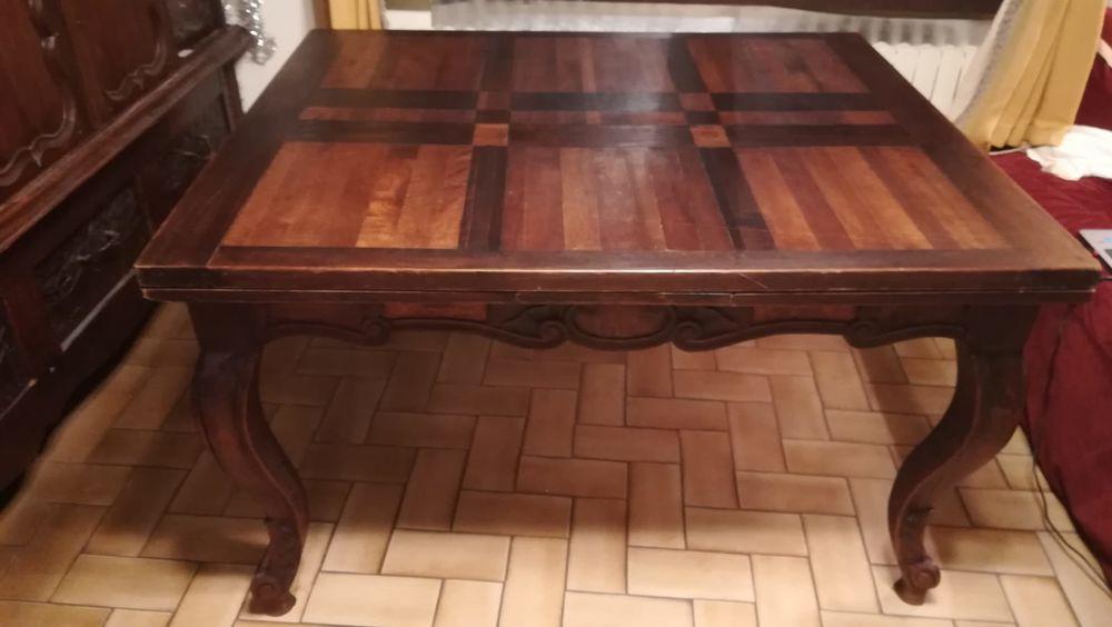 Belle table de salle à manger  250 Arcachon (33)