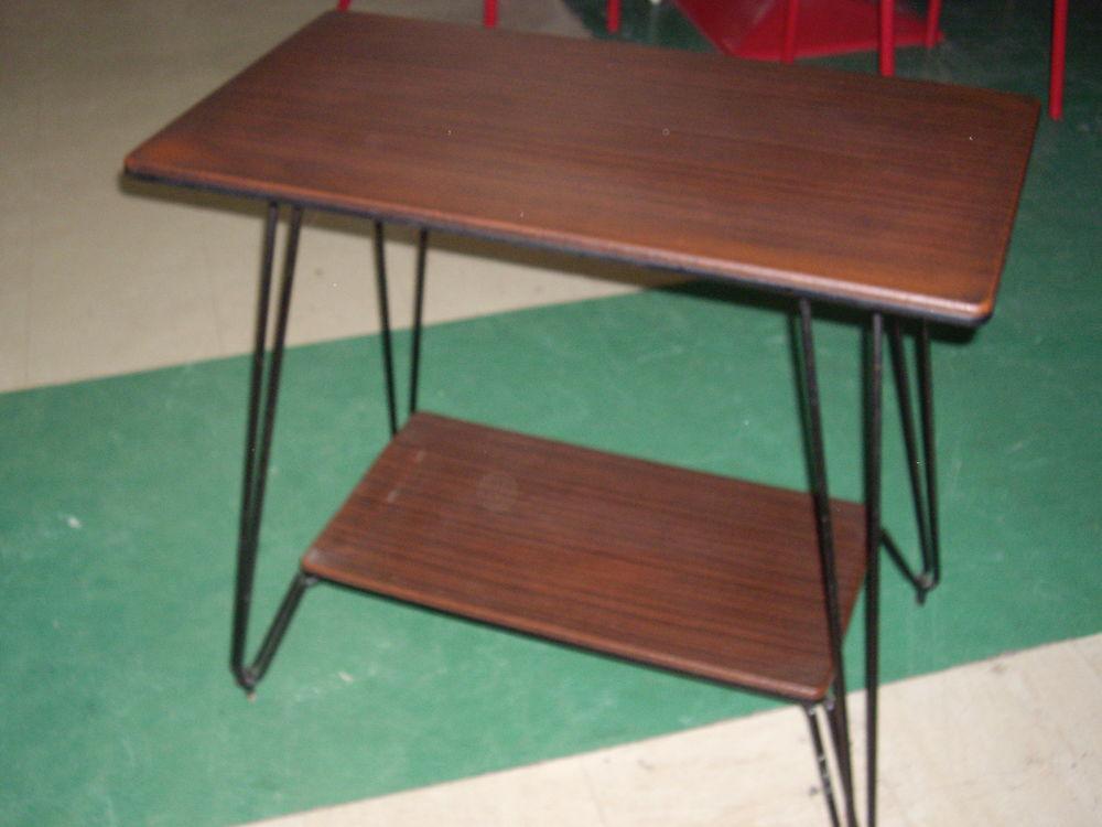 Belle table télé vintage 25 Le Creusot (71)