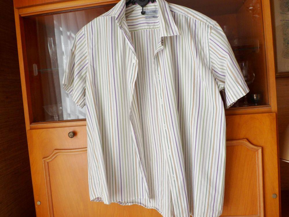 2 belles chemises  La Fayette 45/46 manches courtes  15 Marseille 7 (13)