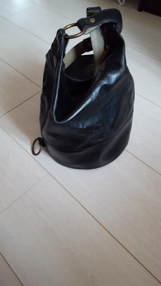 sac besace cuir noir Maroquinerie