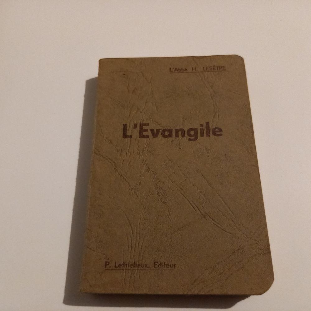 La bible d'après les 4 évangélistes, abbé Lesêtre            5 Saumur (49)