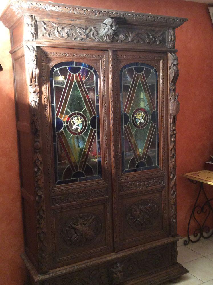 Bibliothèque Armoire ancienne avec vitraux  2200 Six-Fours-les-Plages (83)