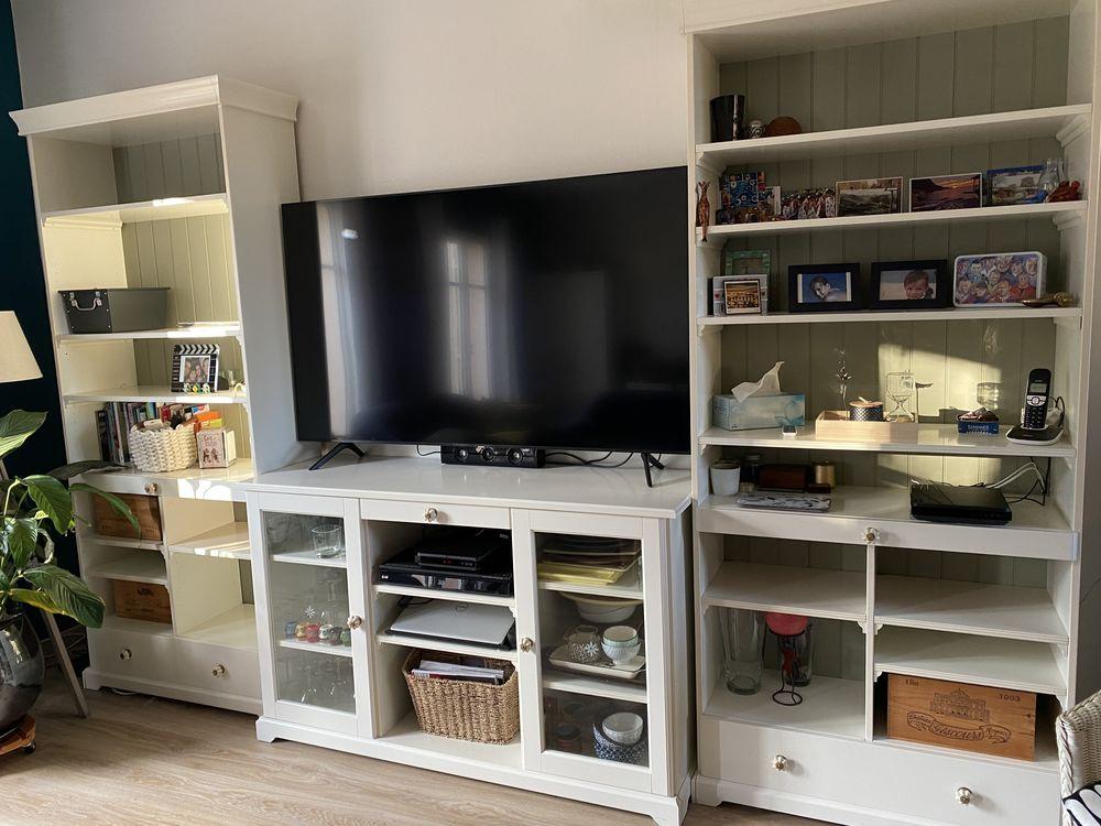 Bibliothèque et meuble de rangement / TV 399 Vauréal (95)