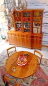 bibliothèque,table plus 3 chaises 1700 Saint-Amand (50)