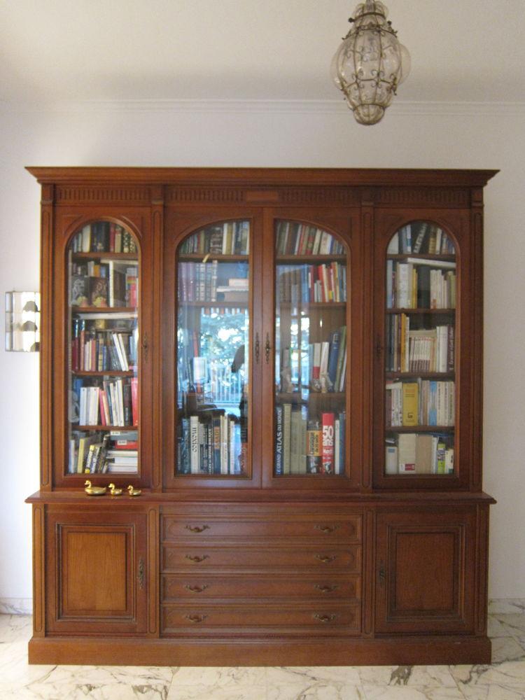 Bibliothèque vitrine bois massif 1400 Nice (06)