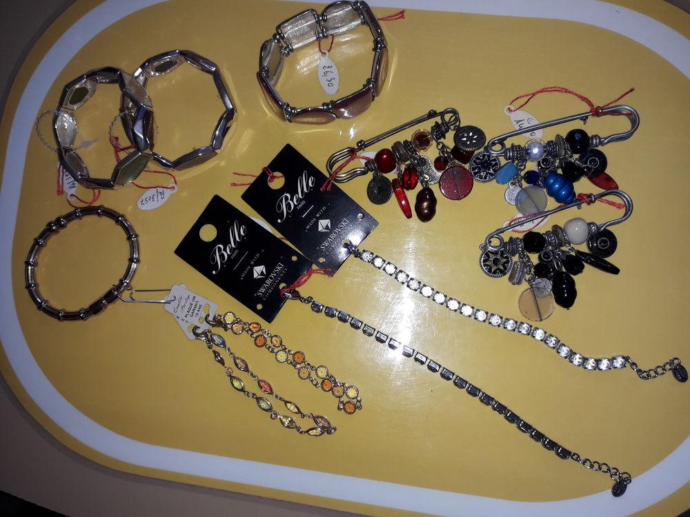 bijoux fantaisies Lot N° 6 88 Bégrolles-en-Mauges (49)