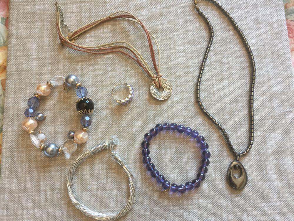 lot de bijoux fantaisies 5 La Verdière (83)