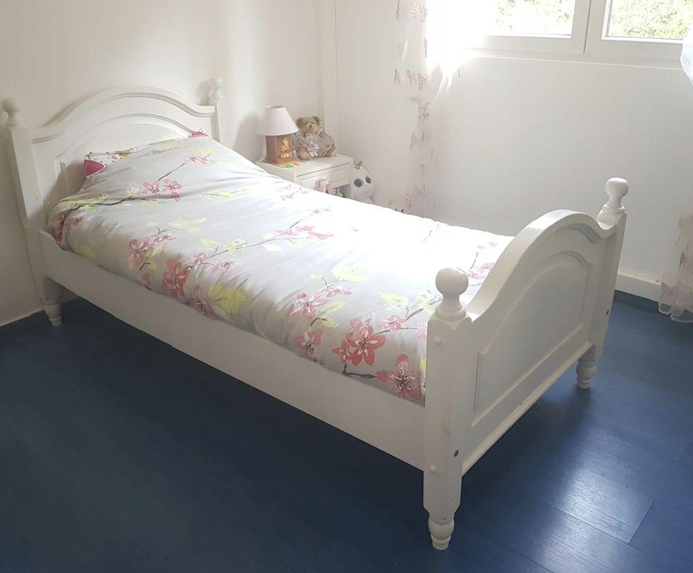 lit blanc 90x190 cm 1 personne 80 Saint-Laurent-du-Var (06)