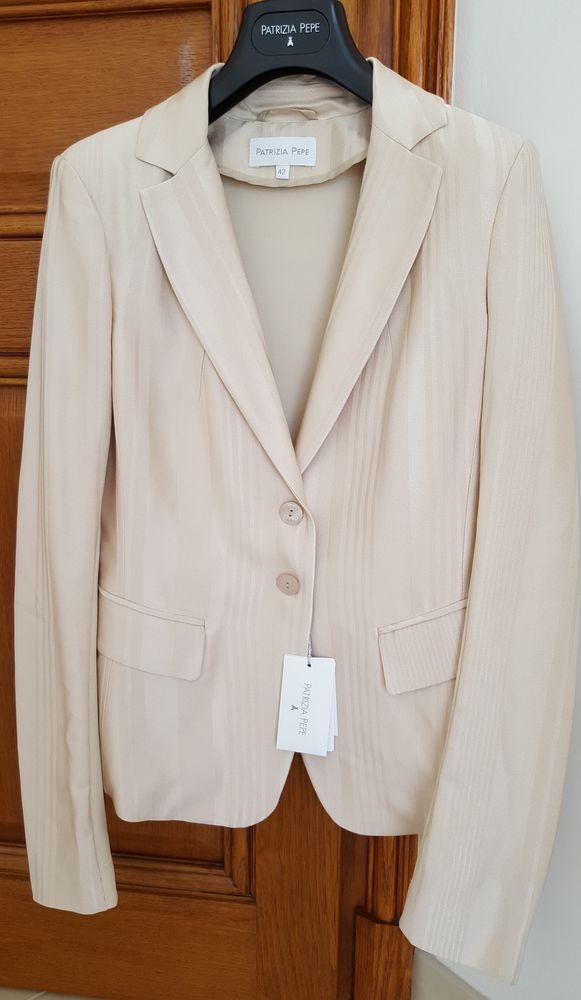 Blazer, veste tailleur - Taille 36 170 Mandelieu-la-Napoule (06)