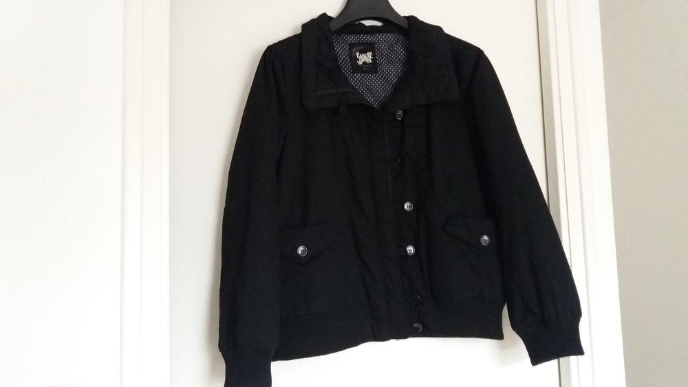 Blouson de couleur noire 16 Guidel (56)